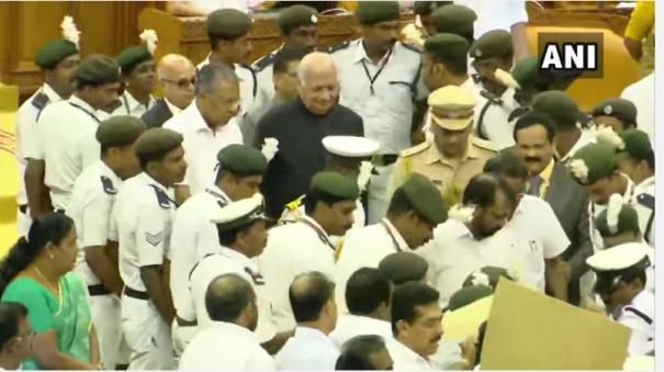 kerala-guv-faces-oppn-ire-reads-anti-caa-reference-in-policy-address