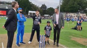williamson-wins-toss-opts-to-bowl-against-india-in-3rd-t20