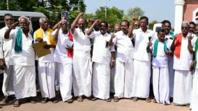 farmers-walk-out-frome-redressal-meeting-at-tanjur