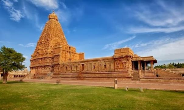 Tanjore Periyakoil Kumbapishegam Festival: Case for Translating Sanskrit Mantras in Tamil