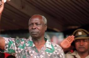 kenya-s-former-president-daniel-arap-moi-dies