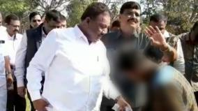 minister-dindigul-srinivasan-ordered-tribal-student-to-taken-off-his-shoes