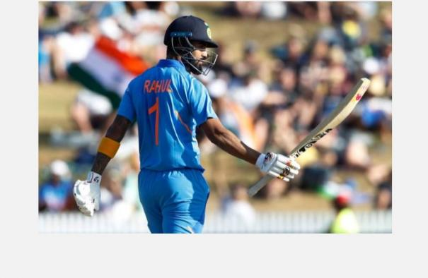 kl-rahul-matches-dhoni-in-an-unique-feat-with-century-against-new-zealand