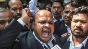 three-lawyers-injured-in-blast-in-lucknow-court-premises