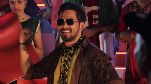 review-of-naan-sirithaal