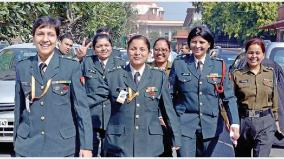 female-officer-in-the-military