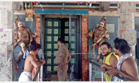 sirkazhi-aimpon-statues