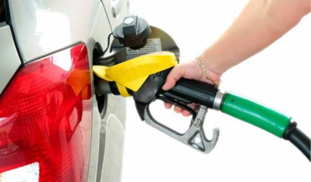 india-to-switch-to-world-s-cleanest-petrol-diesel-from-apr-1
