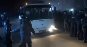 buses-carrying-china-evacuees-attacked-in-ukraine