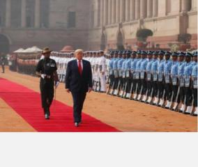 trump-accorded-tri-services-guard-of-honour-at-rashtrapati-bhavan