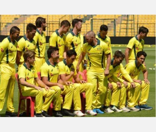 hussey-cricket-australia-sa-series-2020