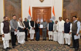 congress-invokes-raj-dharma