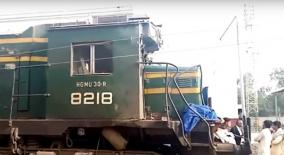 at-least-20-killed-as-train-hits-but-at-unmanned-railway-crossing-in-pak-s-sindh
