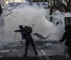 migrants-police-clash-on-turkey-greece-border