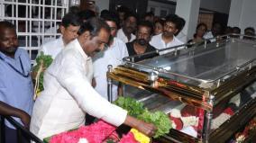 vairamuthu-pay-tributes-to-k-anbazhagan