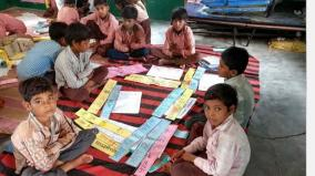 children-in-uttar-pradesh-schools-learn-banking-skills