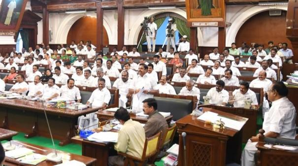 tamil-nadu-students-undergo-poor-in-neet-exams-one-man-commission-cm-announce