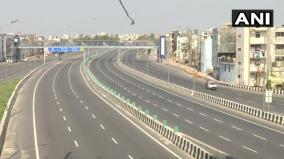 streets-deserted-metro-stations-empty-and-shops-closed-as-people-in-the-national-capital-observe-janatacurfew