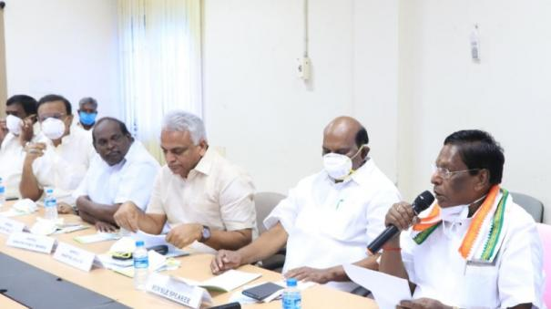 1-year-jail-term-for-those-who-are-violating-curfew-at-puduchery