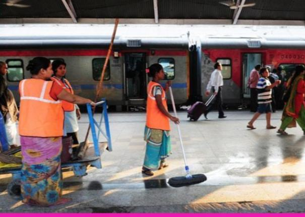 railways-to-release-full-salary-to-lakhs-of-contractual-workers-during-suspension-of-service