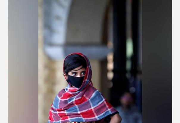 youth-form-majority-of-over-1000-coronavirus-cases-in-pak-zafar-mirza