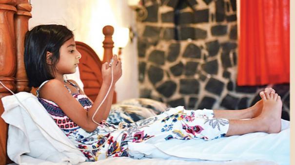 cellphone-ruling-children