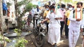 coronavirus-threat-puducherry-chief-minister-spraying-antiseptic-on-the-streets