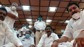 aiadmk-bjp-mlas-protest-in-puduchery-assembly