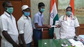 stuent-gives-rs-2-000-to-puducher-chief-minister-relief-fund