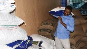 covai-business-man-distributes-food