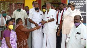 dmk-distributes-sanitizers-face-masks-to-public
