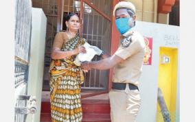 medicine-door-delivery-by-police
