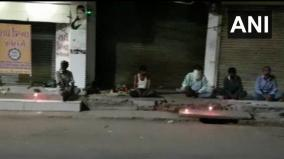 homeless-people-in-bharuch-lit-candles-yesterday