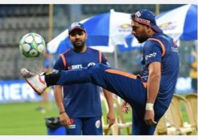 very-few-guys-to-look-up-to-in-current-indian-team-yuvraj-tells-rohit-in-live-q-a