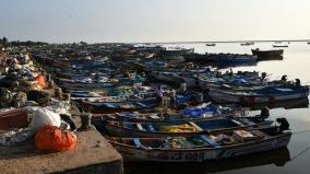 75000-fishermen-suffer-as-they-are-unable-to-go-for-fishing