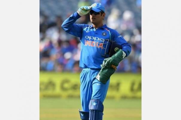 yes-dhoni-got-it-wrong-twice-in-world-cup-but-still-he-is-good-nasser-hussain