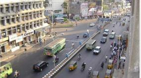 curfew-is-tightened-a-lane-on-anna-road-in-chennai-has-been-closed