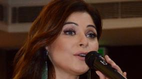 singer-kanika-kapoor-to-donate-her-plasma