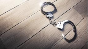 prisoner-escapes-from-police