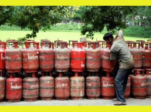 non-subsidised-cooking-gas-price-cut-by-a-record-rs-162-50-per-cylinder