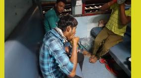 special-train-ferries-1-200-migrants-from-telangana-to-jharkhand
