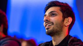 anirudh-praises-physically-challenged-fan
