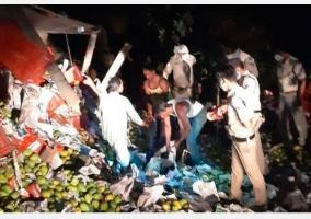 five-killed-as-truck-carrying-migrant-workers-overturns-in-madhya-pradesh