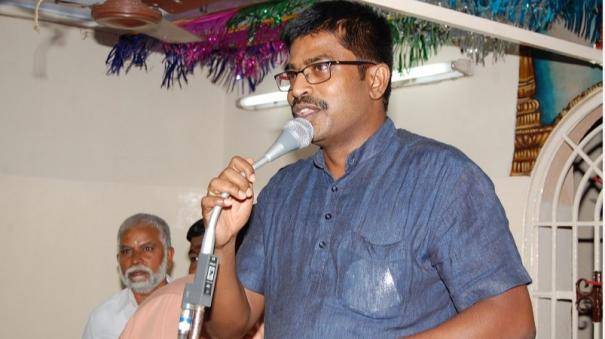 ias-officer-helps-cancer-patient-in-home-town