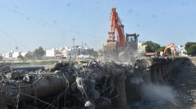 demolition-of-the-60-year-old-sparrow-bridge