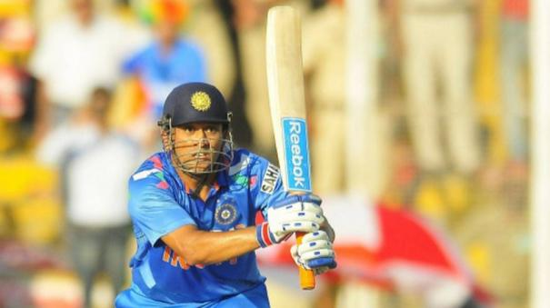 ms-dhoni-most-powerful-batsman-i-have-ever-seen-greg-chappell
