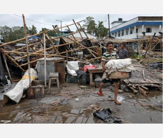 amphan-reaches-bangladesh-worst-over-for-india