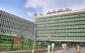 aiims-mess-worker-dies-of-covid-rda-alleges-precaution-lapse