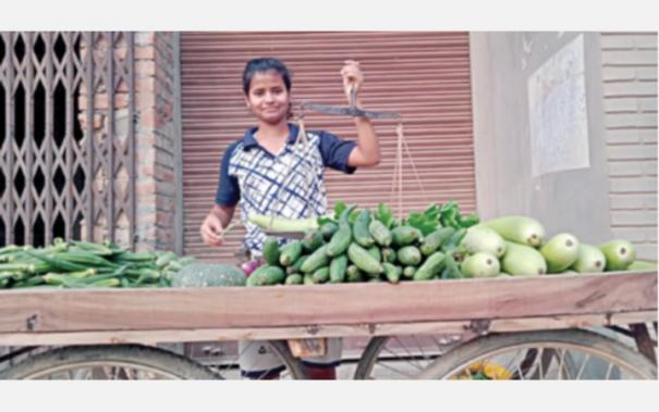 national-athletes-who-sell-vegetables-and-fruits