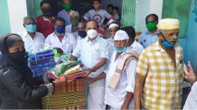 minister-kadambur-raju-gives-away-releif-material-to-poor-on-the-eve-of-ramzan
